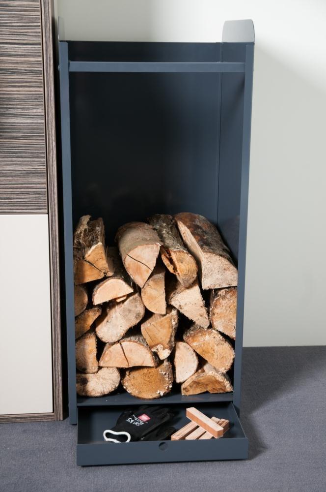 Große Holzaufbewahrung